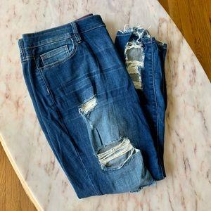 Fashion Nova_EUC_ Distressed Skinny Jeans_Size 18